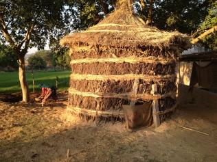 Bonga for storing hay
